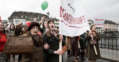 """""""El orden divino""""; correcto homenaje a las revolucionarias suizas"""