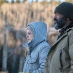 """""""Noche de lobos""""; Netflix produce el primer tropiezo de Saulnier como director con este pausado y gélido thriller ambientado en un remoto pueblo de Alaska"""