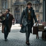 """""""Animales fantásticos: Los crímenes de Grindelwald""""; J.K. Rowling madura el universo adulto de la nueva saga en un filme farragoso y discursivo que sólo sirve para exponer personajes y situaciones a desarrollar en el futuro"""