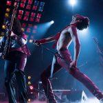 """""""Bohemian Rhapsody""""; emotivo y respetuoso biopic sobre el grupo Queen y la legendaria figura de Freddie Mercury que no aborda más allá de la superficie a causa de un guión servidor del modelo habitual del género"""