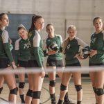 """""""¡A ganar""""; funcional drama deportivo sobre la superación de una tragedia en un equipo de voleibol femenino"""