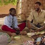 """""""El niño que domó el viento""""; melodrama humanista de formas clásicas con el que Chiwetel Ejiofor debuta tras la cámara"""